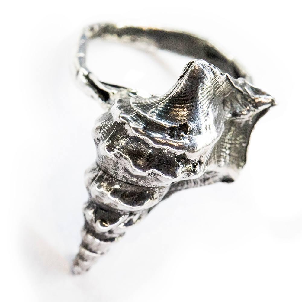 Anello scultura conchiglia - Capsule ESTATE di Fabio Lissi